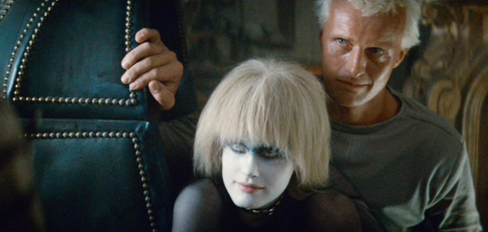 blade runner replicants essay Media/situational analysis blade runner essay replicants have a built in life span of only 4 years rick deckard is a blade runner.